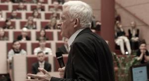 Jerzy Buzek – Poseł do Parlamentu Europejskiego, Przewodniczący Parlamentu Europejskiego w latach 2009-2012, Prezes Rady Ministrów w latach 1997-2001, Przewodniczący Rady EEC