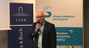 023 Jacek Jakubiak, Pfleiderer.png