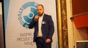 008_Maciej Kruwczyk, przedstawiciel Fibaro.JPG