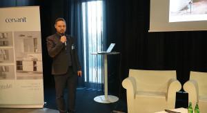004 Prezentacja firmy Cersanit - Partnera Glownego.JPG