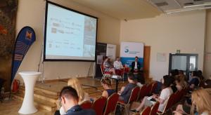 005_Kuchnia - trendy 2019, dyskusja podsumowująca z udziałem przedstawicieli firm Technistone i Vestel Poland.JPG