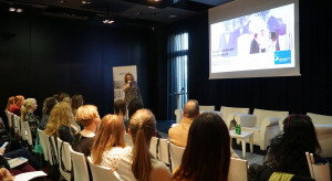 009 Prezentacja Trendy inspirowane targami Cevisama 2019, Katarzyna Maslowska.JPG