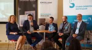 010_Smartdom - o tym trzeba wiedzieć. Dyskusja z udziałem przedstawicieli KNX Poland, Kontakt SImon i Ampio Smart Home.JPG