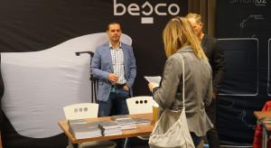 38 stoisko marki Besco.JPG
