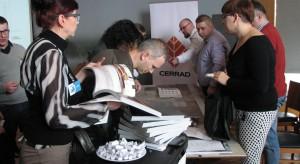 Na stoisku firmy Cerrad - partnera głównego. Studio Dobrych Rozwiązań, 14.03 Olsztyn (19).JPG